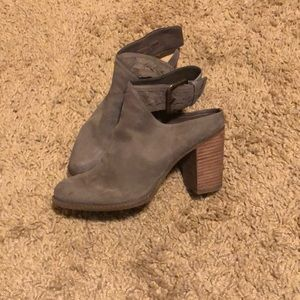 Taupe leather ankle booties